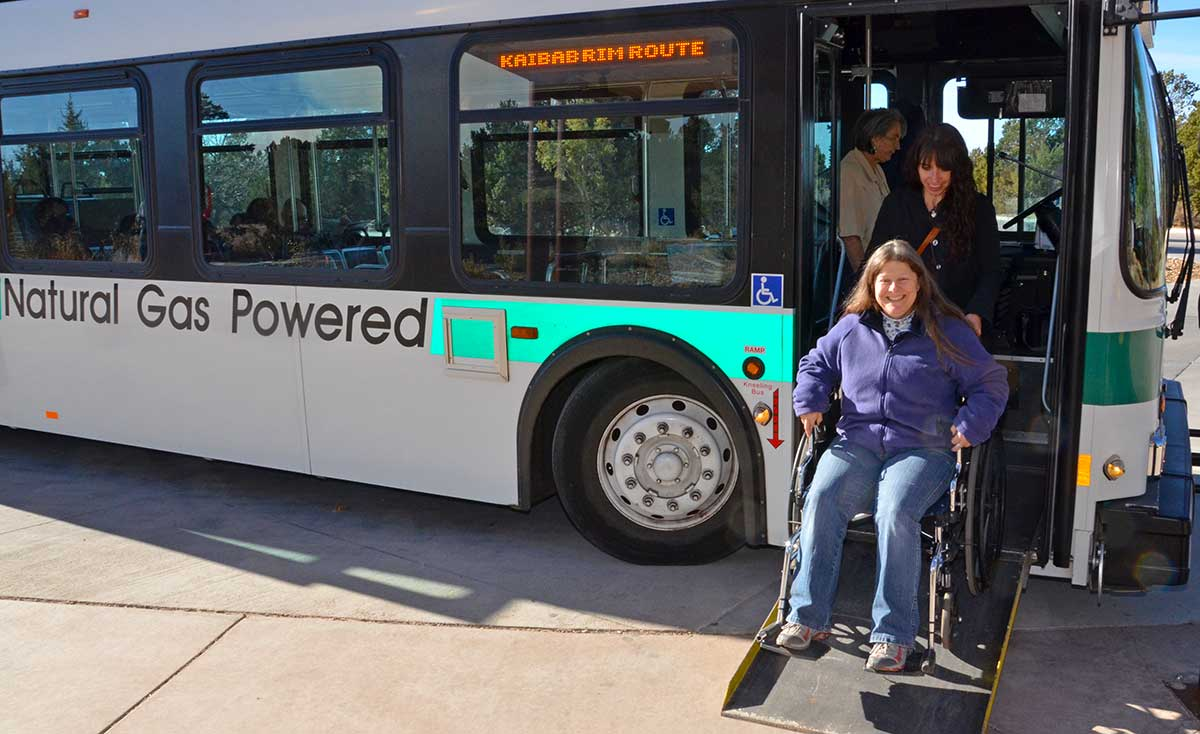 Tips for Visiting the Grand Canyon South Rim: Grand Canyon NP shuttle bus
