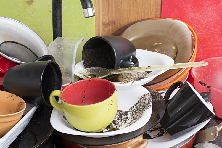 Pile+of+dirty+dishes