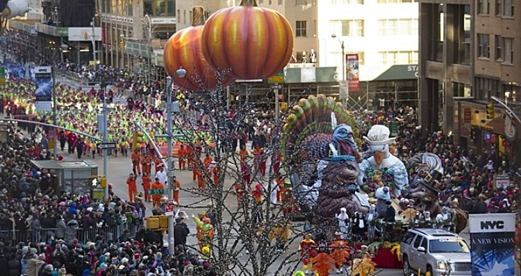 Hotel Rooms with Views of the Macy's Thanksgiving Day Parade